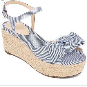 Liz Claiborne Blue & White Sandals Size 6